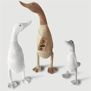 Ente »Anna« - gross beige-braun aufrecht ohne Schuhe